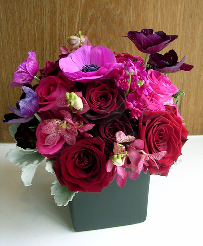 January Wedding centerpieces of black magic black beauty black bacacra