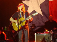 Willie in El Paso (Dennis J. Quintana) Tags: newmexico nelson pictureaday ristra hatchnewmexico redchile dennisquintana elpasodennis quintanawillie