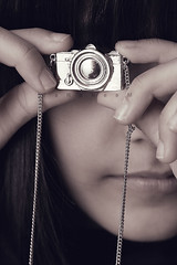 Day 11 : photography obsession..! (TaRaNeeM <3) Tags: camera girl canon silver closet happy parents photo necklace kid hands nikon shoot day order child mail sister weekend cam great young 11 days teacher clean again gift stuff question huge 365 sent capture now asos forever21 terter priject