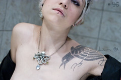 #46 BoteMonstres (DayDwam) Tags: tattoo necklace lips piercing octopus raven bam pendant jewellry pieuvre dwam laboitemonstres