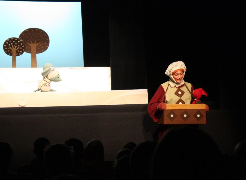 Dieses Mal kommen die Figuren z.T. sogar ins Publikum ...