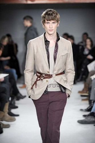 Mathias Lauridsen3211_FW10_Paris_Francesco Smalto(Franky-F@mh)