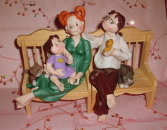 Aurora e la sua famiglia :))) (mindi64) Tags: life baby handmade famiglia bambini io fimo clay aurora amici atmosfera amore babie amica creations cernit polyclay artigianato artigianale rossamente