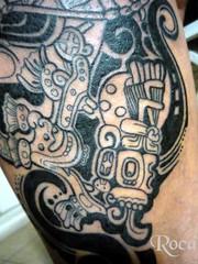 PIERNA CON DISEO MAYA 3 (roca tattoo studio) Tags: tattoo arte maya cultura tatuaje calendario azteca precolombino prehispanico