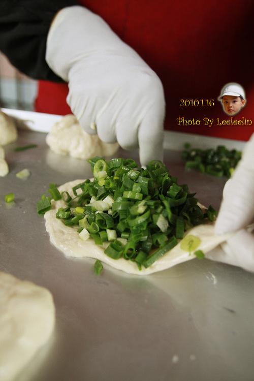 何記蔥餡餅|宜蘭三星小吃|味珍香卜肉店附近