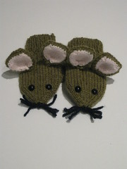 Mouse mittens 1