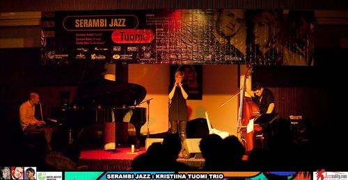 Serambi Jazz-Tuomi Trio-Bandung (20)