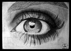 Cuando todo horror sucumbía, el ebrio fantasma de sus ojos... (conejo721*) Tags: argentina ojo amor nostalgia palabras mardelplata sentimiento poesía dibujoalapiz poema susojos conejo721