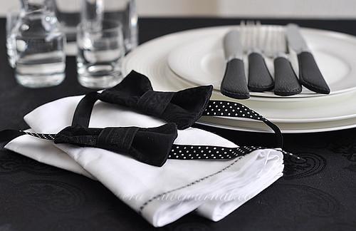 Однако я решила, что сделаю сервировку с галстуком-бабочкой.