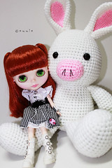 Vanille with A Rabbit Pig