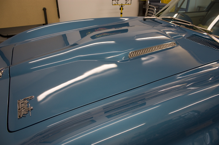 Closer look 1966 Corvette Sting Ray 427