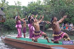 IMG_9330_20100130_cb808 (CharlieBoy808) Tags: show boy college girl fiji canon fire hawaii dancing knife center hawaiian ha kane cultural samoan keiki polynesian pcc wahine tahitian heald 40d