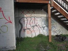 elete throwie in bremerton (ctrl-alt-esc) Tags: seattle street art graffiti bremerton kts mcm