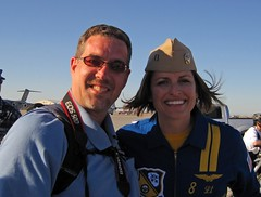 Me and Lt Amy Tomlinson (N324F) Tags: canon dslr blueangels canondslr usn airshows navalaviation militaryaircraft imperialvalley airplanespotting canonphotography aircraftspotting elcentroca nafelcentro blueangel8 ltamytomlinson