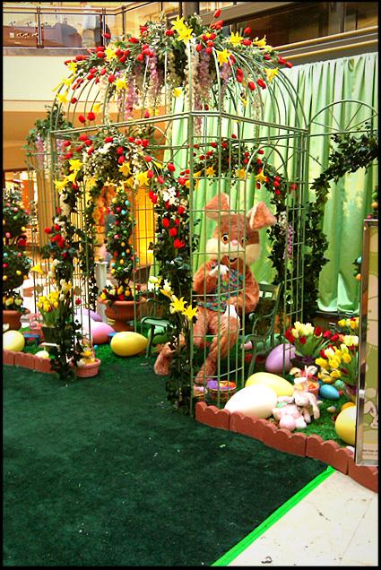 easter-bunny-mall-iambossy3