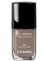 Chanel's Particuliere nail polish