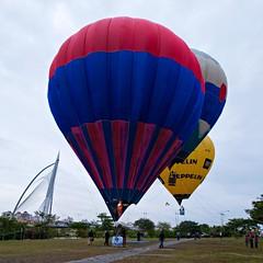 Hot Air Balloon Fiesta 2010 (16) (QooL / بنت شمس الدين) Tags: hotair balloon putrajaya qool 5157 seriwawasanbridge qoolens fiesta2010