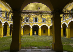 My Cloisters hang the Acolytes of Gloom (Pappe) Tags: italy yellow gloom cloister thebestyellow