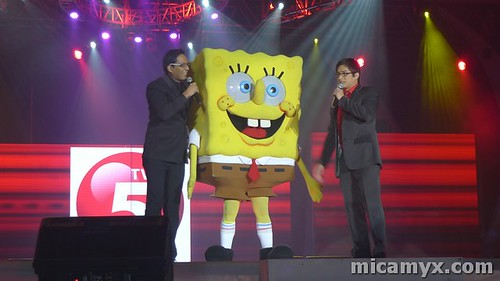 Paolo and Ryan plays with Spongebob