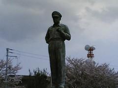 Douglas MacArthur statue