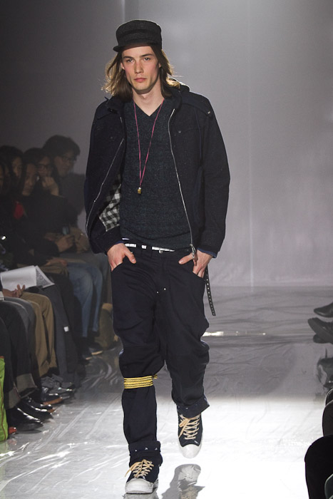 Mark Bland3007_FW10_JFW_White Mountaineering