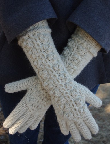 Winterberry Gloves & Beret Set