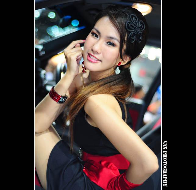 Bangkok Motor show girls 05
