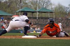 Ramirez back into first (NJ Baseball) Tags: newjersey easternleague openingnight 2010 trenton nightgame waterfrontpark minorleagues trentonthunder erieseawolves baserunning doublea wilkinramirez