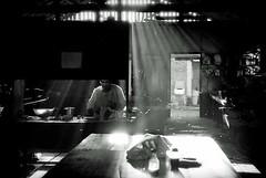 O coração/ The heart (Lucille Kanzawa) Tags: light brazil luz kitchen brasil community cozinha comunidade yuba mirandópolis japanesecommunity comunidadejaponesa bemflickrbembrasil lucillekanzawa comunidadeyuba primeiraaliança