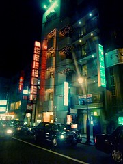 P1030807m (UbiMaXx) Tags: street light urban color car japan night lumix interesting kyoto panasonic maxx ts1 ft1 ubimaxx
