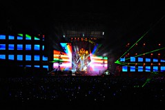 雌雄同體, D.N.A. Mayday World Tour 2010 变形DNA五月天世界巡回演唱会, Singapore National Stadium