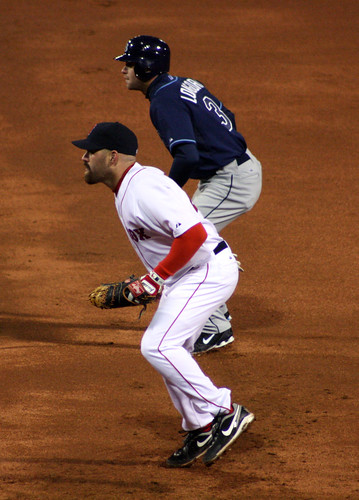 Longoria and Youkilis do the first-base dance