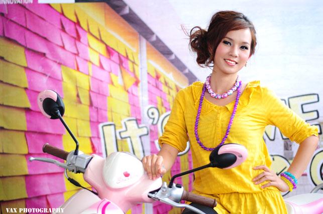 Bangkok Motor show girls 32