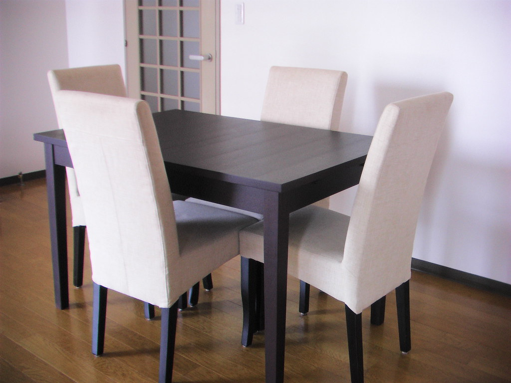 SOLD- Extendable dining table & 4 upholstered chairs set