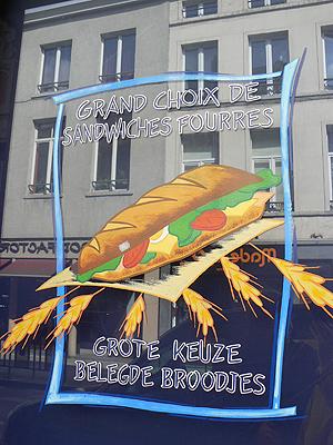 grand choix de sandwiches fourrés.jpg