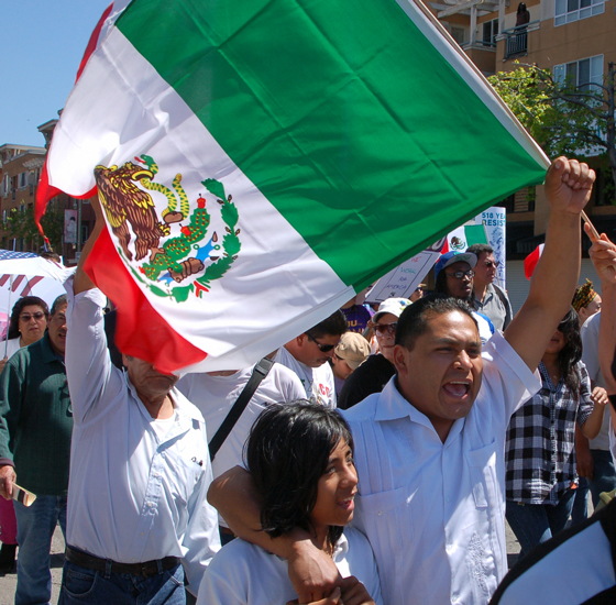 3mexican-flag-shouting!.jpg