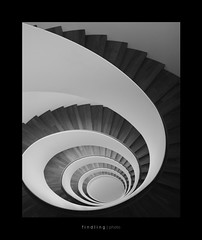 Endless. (Radiohead.) Tags: bw architecture canon eos mono dc stair riva hans sigma treppe sw schnecke spirale 1850 findling wendeltreppe seehotel 450d findlingphoto