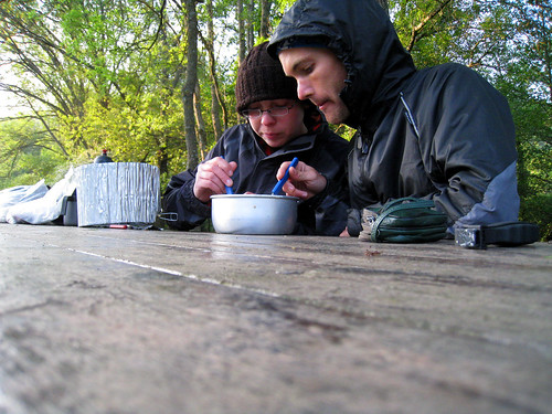 Tucking into campsite porridge in Languedoc-Roussillon. Photo: rolling-tales.come