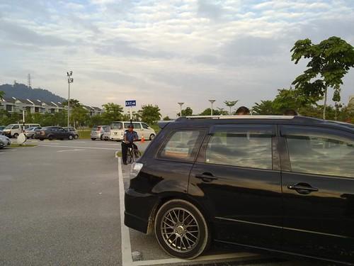 Mitsubishi Airtrek Turbo - Desa Park City