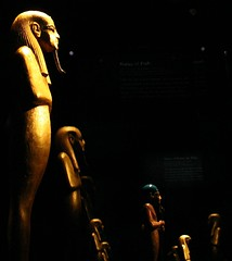 King Tut - Return Of The King @ Discovery, NYC (Hardcore Shutterbug) Tags: nyc king egypt hardcore return discovery tut messina tutankhamun shutterbug the of