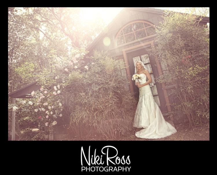 Bride-lensflare-flowers