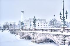 Kungsportsbron_9784 (Olderhvit) Tags: bridge winter snow canon göteborg vinter sweden gothenburg snö hdr goteborg storan photomatix kungsportsbron olderhvit