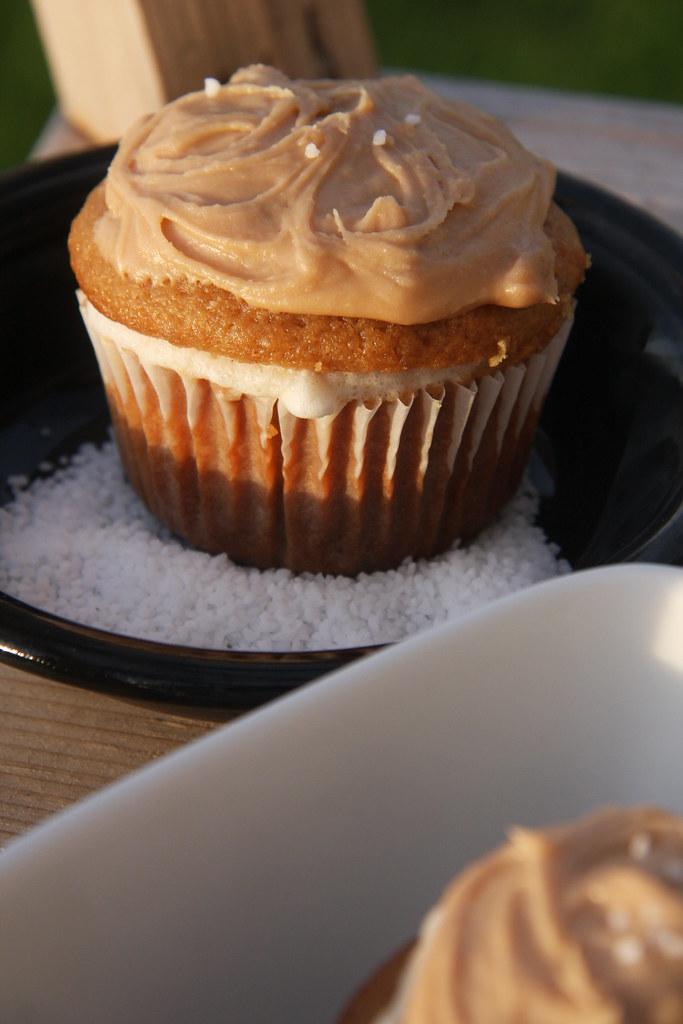 pics Vanilla Ice Cream with Caramel-Pear Sauce