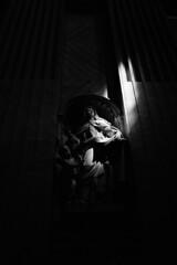 Angestrahlt (vivelebambou) Tags: 1600 push af rom vatikan hexar xtol petersdom kodal tmy2