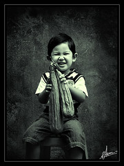 he he he (Gede Mahendra) Tags: bali photoshop canon retouch effect retoque mahendra baliphoto digitalretouch paradisebali photoretouch childrenofindonesia baliphotographer artimages eos40d balinesechildren beautifulbali balipicture