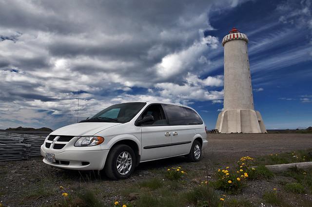 2002 lighthouse car sport iceland grand dodge caravan ísland akranes bíll viti canoneos5d skaginn canon2470mmf28l breiðin dodgegrandcaravansport2002