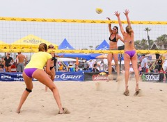 AVP 1254 copy (Deadmeat273) Tags: ladies girls summer woman hot sexy beach girl beautiful sport june lady photoshop photo nikon women pix pretty action huntington picture chick tournament bikini adobe shooting chicks volleyball mm dslr thursday 18200 3rd vr avp 2010 cs4 deadmeat 18200mm d90 vrii deadmeat273 deadmead