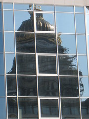 reflections (fabonthemoon) Tags: brussels reflection window buildings palaisdejustice bruxelles sunny brussel fentre weerspiegeling gebouwen venster btiments justitiepaleis zonnig ensoleill