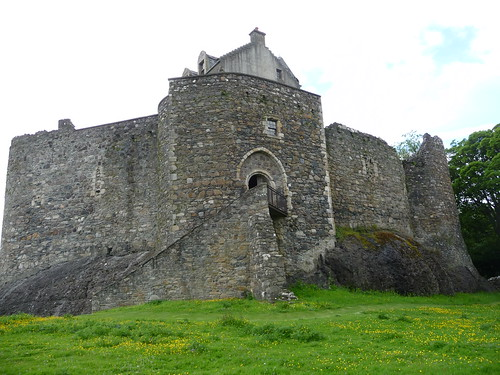 View of Dunstaffnage Castle