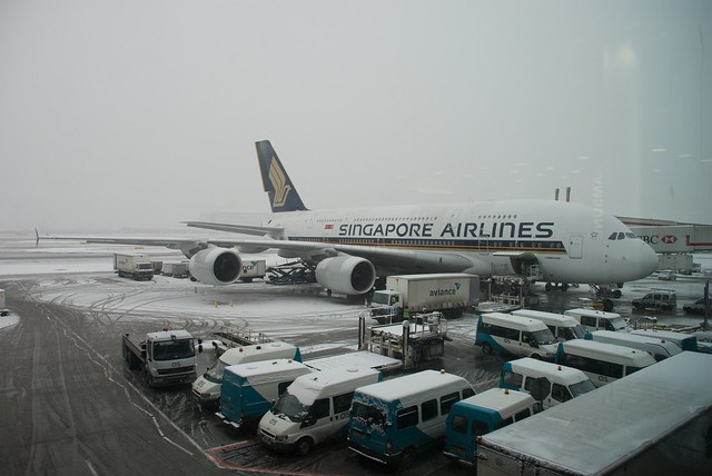 Singapore Airlines Airbus A380-841 9V-SKF at London Heathrow Airport